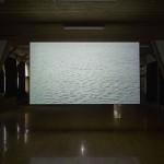 潘 逸舟  「ミュージカル・チェア」 映像インスタレーション、2面スクリーン(表: 9 分45秒/裏面20 分6 秒) (元対馬市立久田小学校内院分校にて展示)