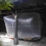 キム・ナンギョン 「共存/ coexistence」 対馬・釜山のビニル袋 (元飯束みやげ品店にて展示)