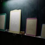 苧坂渉 学生展示「Drawing series in Tushima」 ベニヤ板、ウレタン樹脂配合塗料、ボールペン、鉛筆、色鉛筆 (元対馬市立久田小学校内院分校にて展示)