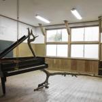 西原尚〈ピアノ(2016 対馬)〉